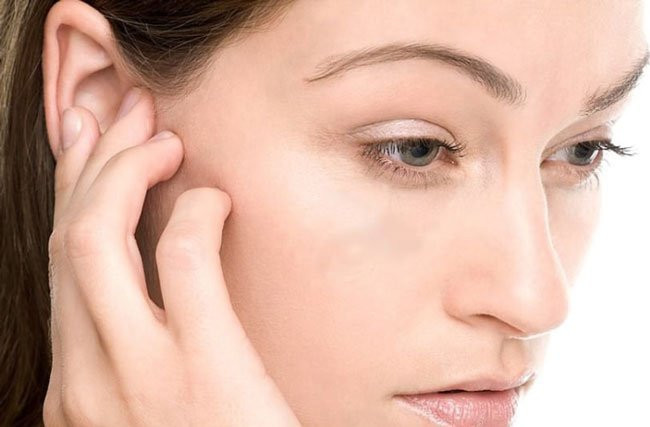 How to get water out of your ear foto