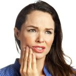 The most effectiνe toothache home remedies and tips
