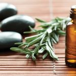 9 benefits of tea tree oil for health and beauty