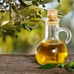 Top 7 homemade olive oil hair masks for different hair types