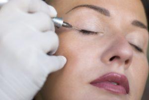 permanent-makeup-eyeliner-1[1]