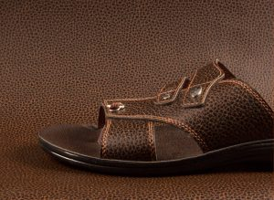 Artificial leather shoe
