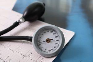 Electro-cardiograph with a sphygmomanometer