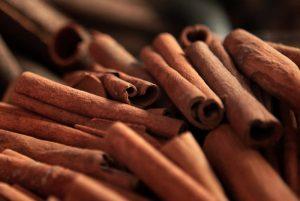 How-to-Select-Cinnamon[1]