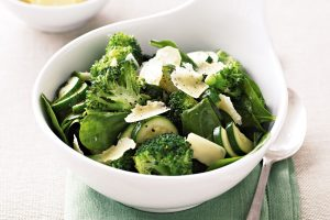 sauteed-broccoli-zucchini-and-baby-spinach-76720-1[1]